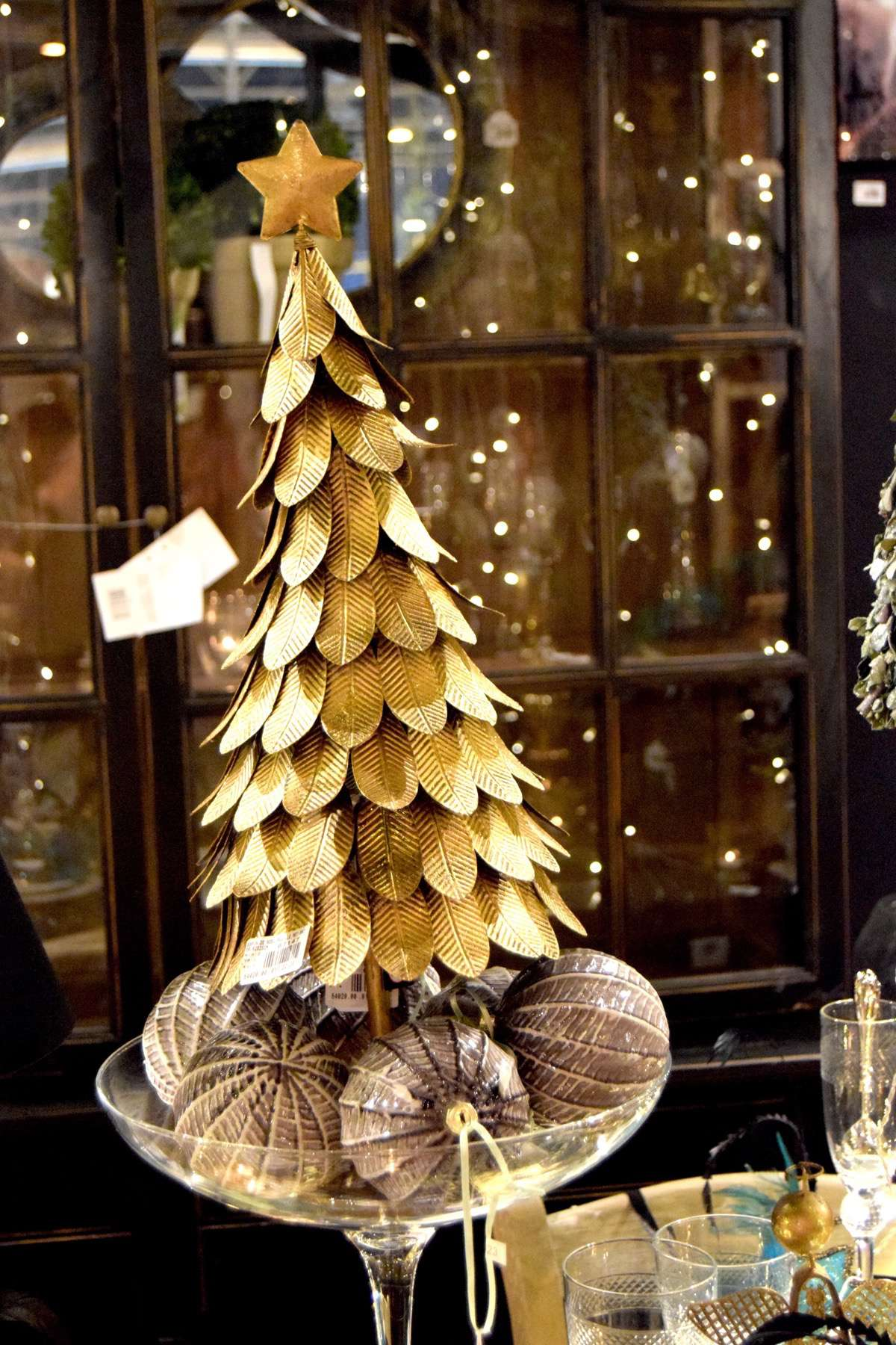 "10-original-Christmas-trees ""width ="" 1200 ""height ="" 1800 ""srcset ="" https://navidad.es/wp-content/uploads/2009/12/10-arboles-de-navidad-originales .jpg 1200w, https://navidad.es/wp-content/uploads/2009/12/10-arboles-de-navidad-originales-200x300.jpg 200w, https://navidad.es/wp-content/uploads /2009/12/10-arboles-de-navidad-originales-768x1152.jpg 768w, https://navidad.es/wp-content/uploads/2009/12/10-arboles-de-navidad-originales-683x1024. jpg 683w, https://navidad.es/wp-content/uploads/2009/12/10-arboles-de-navidad-originales-696x1044.jpg 696w, https://navidad.es/wp-content/uploads/ 2009/12/10-original-Christmas-trees-1068x1602.jpg 1068w, https://navidad.es/wp-content/uploads/2009/12/10-arboles-de-navidad-originales-280x420.jpg 280w ""tailles ="" (largeur maximale: 1200px) 100vw, 1200px ""/></p> <h2><span class="