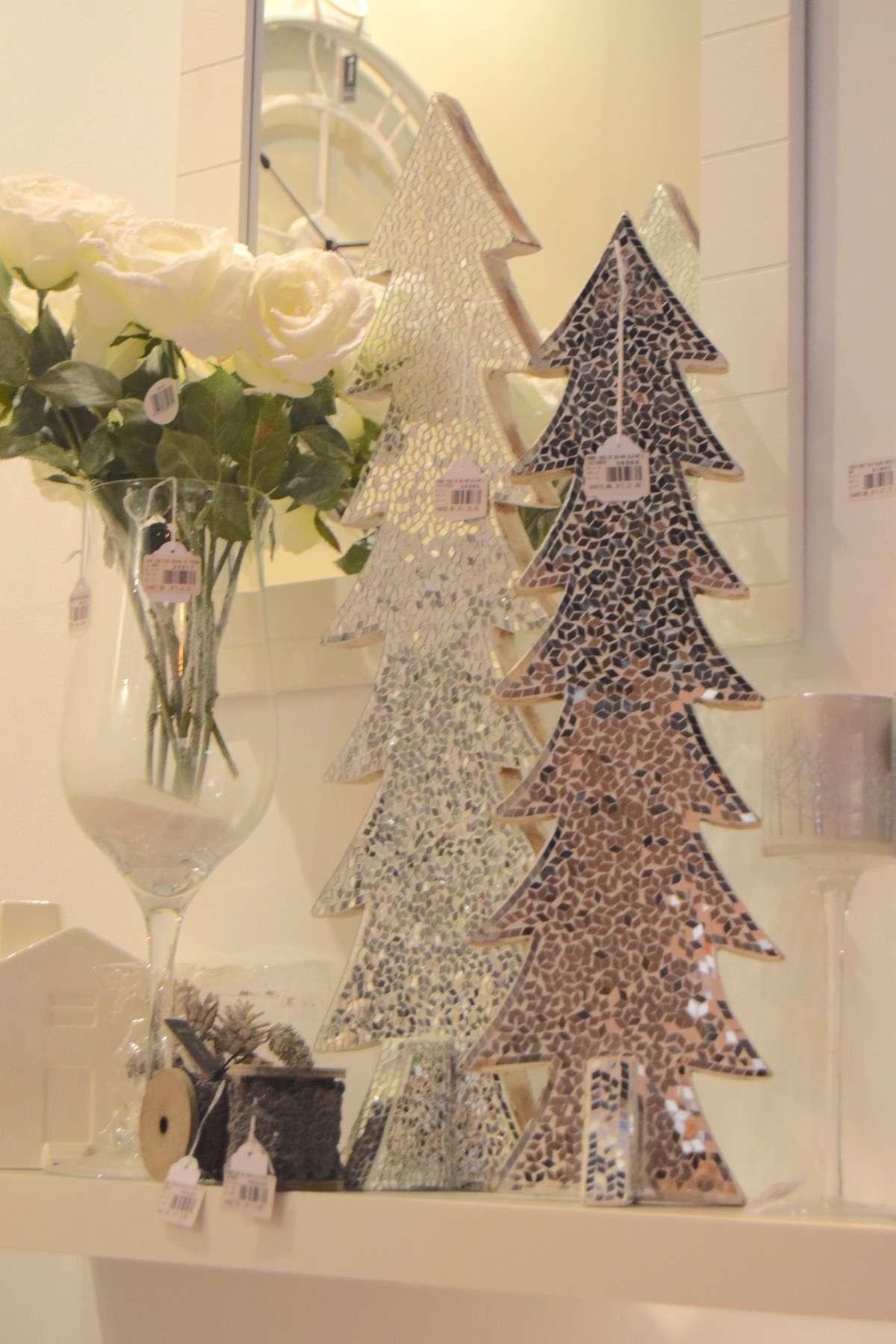 "15-original-Christmas-trees ""width ="" 1200 ""height ="" 1800 ""srcset ="" https://navidad.es/wp-content/uploads/2009/12/15-arboles-de-navidad-originales .jpg 1200w, https://navidad.es/wp-content/uploads/2009/12/15-arboles-de-navidad-originales-200x300.jpg 200w, https://navidad.es/wp-content/uploads /2009/12/15-arboles-de-navidad-originales-768x1152.jpg 768w, https://navidad.es/wp-content/uploads/2009/12/15-arboles-de-navidad-originales-683x1024. jpg 683w, https://navidad.es/wp-content/uploads/2009/12/15-arboles-de-navidad-originales-696x1044.jpg 696w, https://navidad.es/wp-content/uploads/ 2009/12/15-original-Christmas-trees-1068x1602.jpg 1068w, https://navidad.es/wp-content/uploads/2009/12/15-arboles-de-navidad-originales-280x420.jpg 280w ""tailles ="" (largeur maximale: 1200px) 100vw, 1200px ""/></p> <h2><span class="