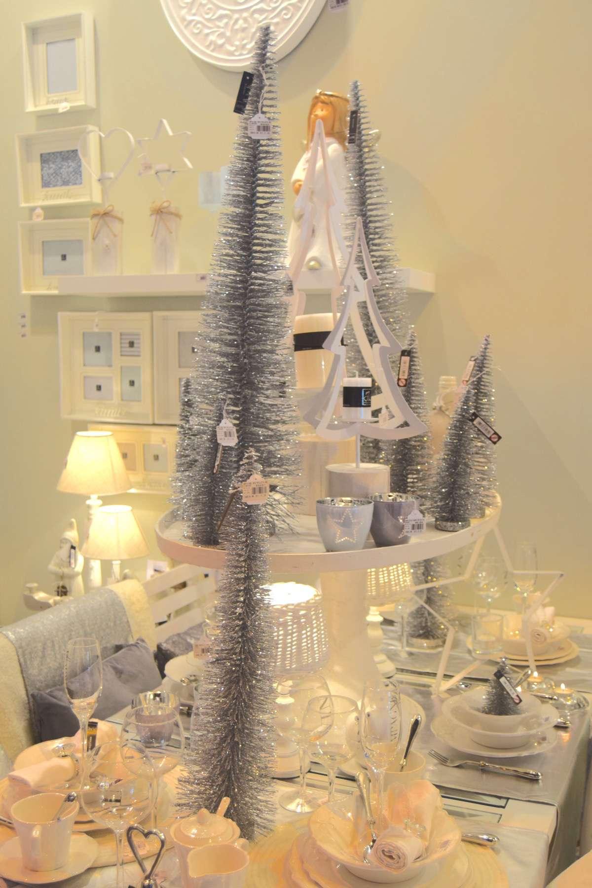 "13-original-Christmas-trees ""width ="" 1200 ""height ="" 1800 ""srcset ="" https://navidad.es/wp-content/uploads/2009/12/13-arboles-de-navidad-originales .jpg 1200w, https://navidad.es/wp-content/uploads/2009/12/13-arboles-de-navidad-originales-200x300.jpg 200w, https://navidad.es/wp-content/uploads /2009/12/13-arboles-de-navidad-originales-768x1152.jpg 768w, https://navidad.es/wp-content/uploads/2009/12/13-arboles-de-navidad-originales-683x1024. jpg 683w, https://navidad.es/wp-content/uploads/2009/12/13-arboles-de-navidad-originales-696x1044.jpg 696w, https://navidad.es/wp-content/uploads/ 2009/12/13-original-Christmas-trees-1068x1602.jpg 1068w, https://navidad.es/wp-content/uploads/2009/12/13-arboles-de-navidad-originales-280x420.jpg 280w ""tailles ="" (largeur maximale: 1200px) 100vw, 1200px ""/></p> <h2><span class="