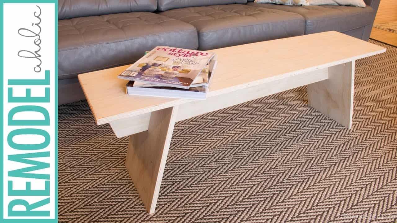 Table basse de style banc moderne en contreplaqué bricolage
