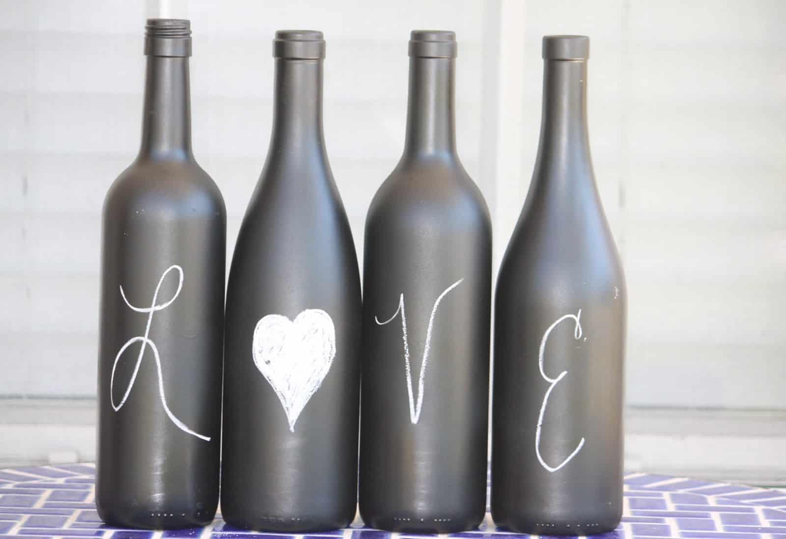 Tableau peint à la bouteille