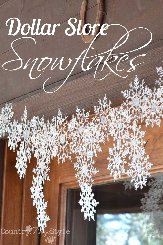 Flocons de neige à la colle et aux paillettes