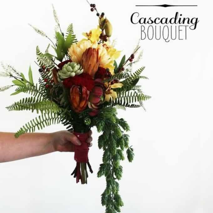 Bouquet de mariage en cascade