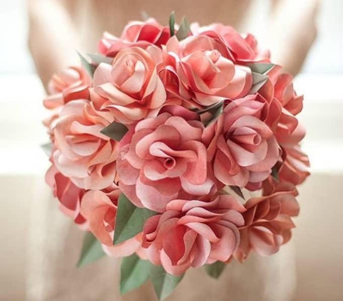 Bouquet de fleurs en papier bricolage