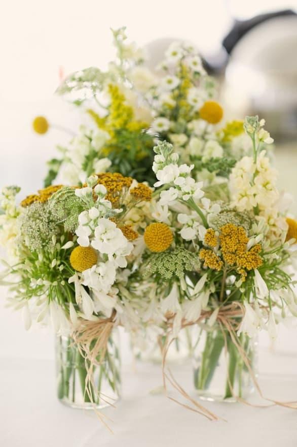 Fleurs de mariage jaune crème