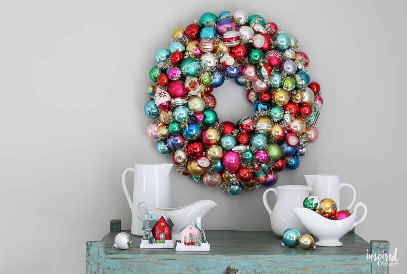 Couronne d'ornement de Noël Vintage