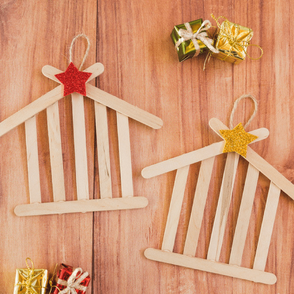 Artisanat de Noël avec des bâtons