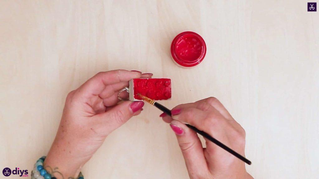 Porte-clés en béton lego block couleur rouge