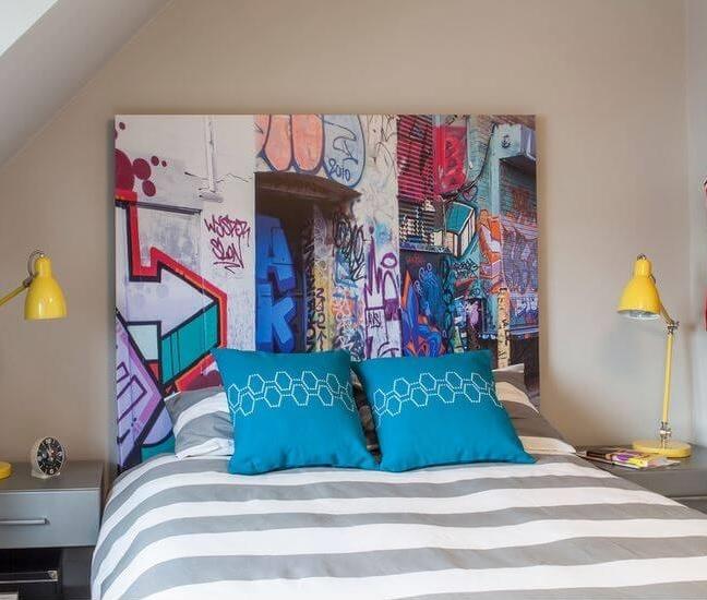 tête de lit graffiti