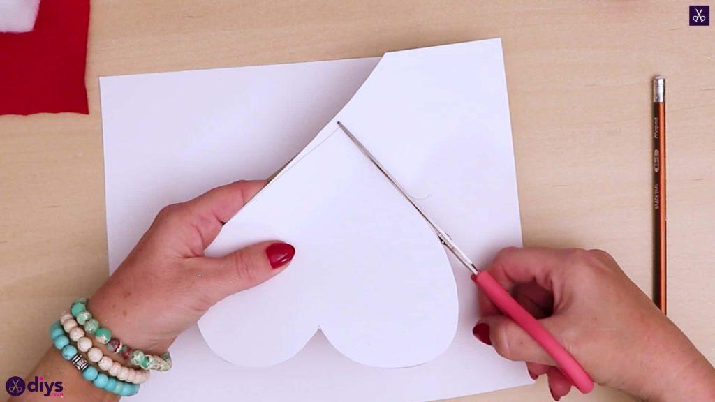 Comment faire une coupe d'oreiller coeur