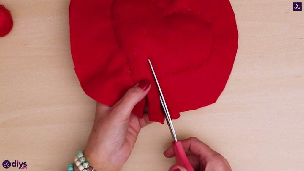 Comment faire un oreiller coeur 8a