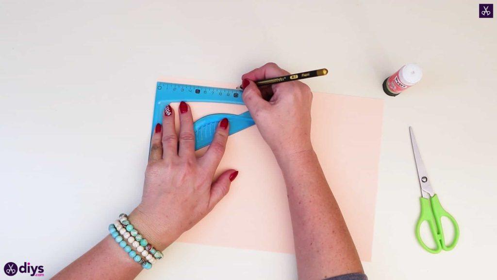 Bricolage papier réaliste rose commencer à dessiner