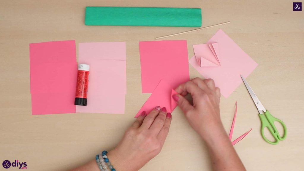 Triangle de fleurs en papier 3d bricolage