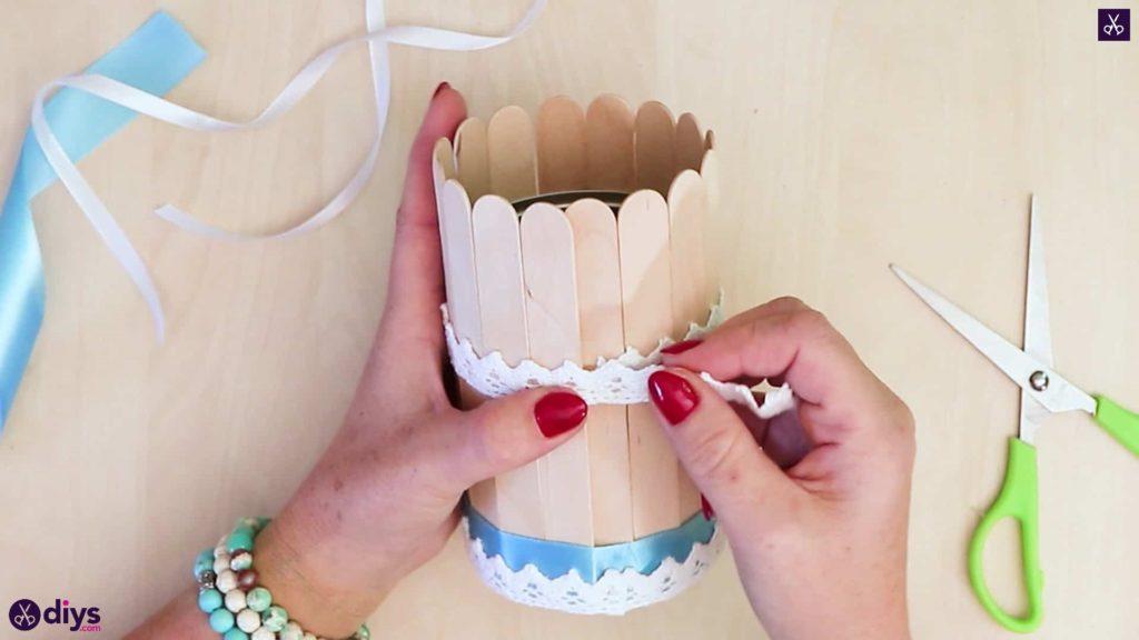 Élégant contenant de bâton de popsicle recouvert d'étain ajouter de la dentelle
