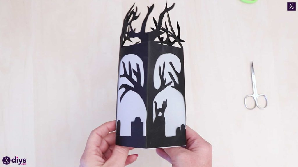 Art de la lanterne en papier bricolage