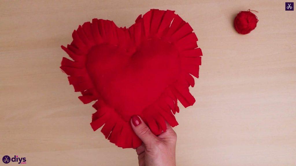 Comment faire un oreiller coeur