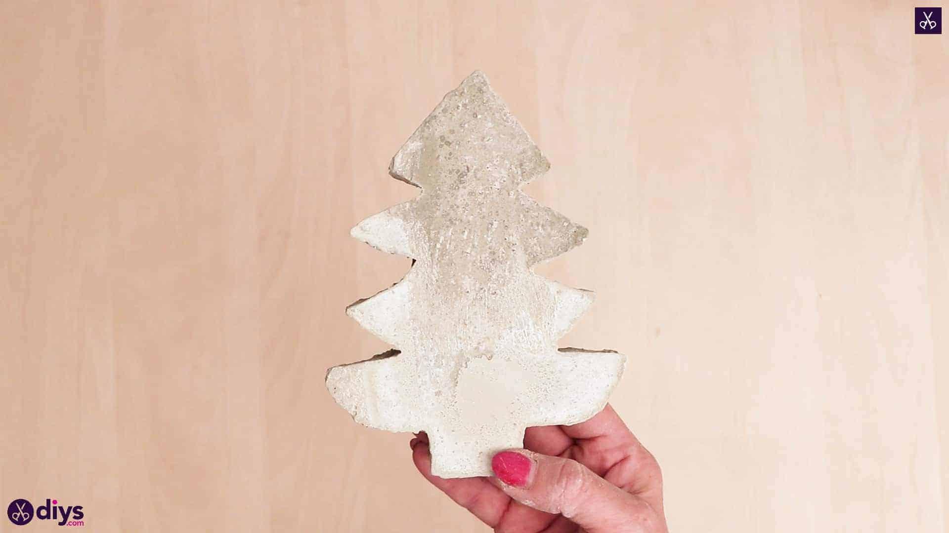 Décoration d'arbre de Noël en béton extérieur