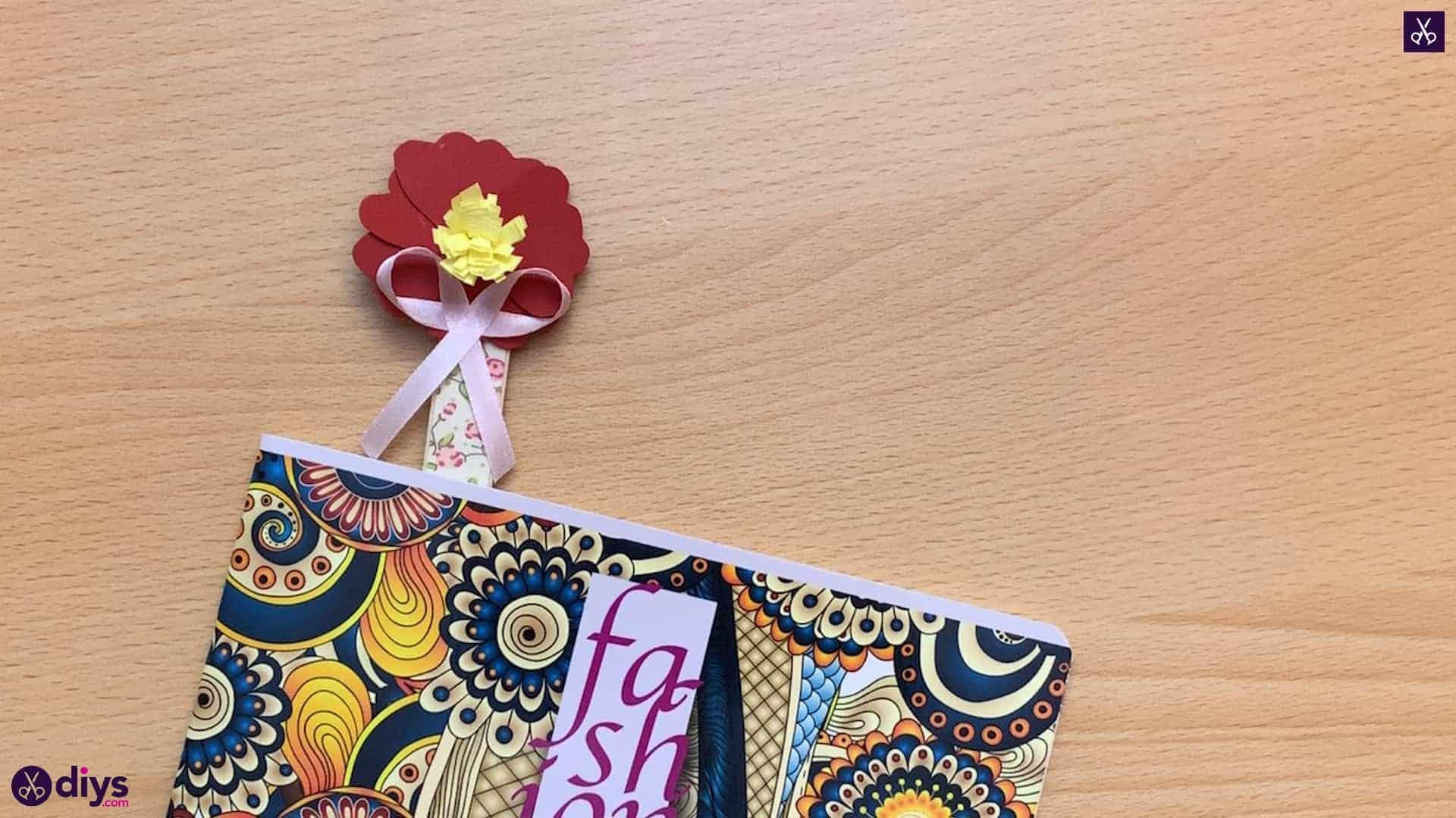 Marque-page fleur bâton de popsicle