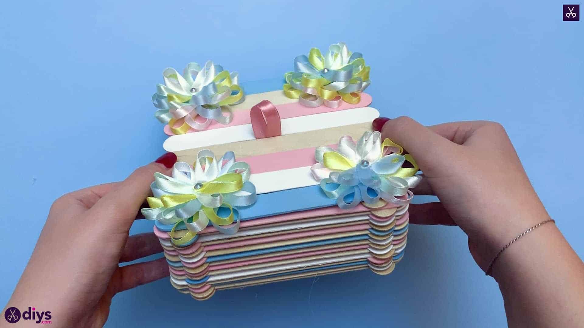 Boîte à bijoux bricolage popsicle stick