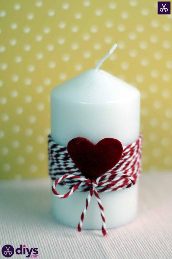 Bricolage artisanal simple de bougie de valentine