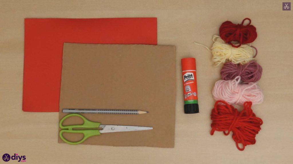 Matériaux de coeur de papier enveloppé de fil de bricolage