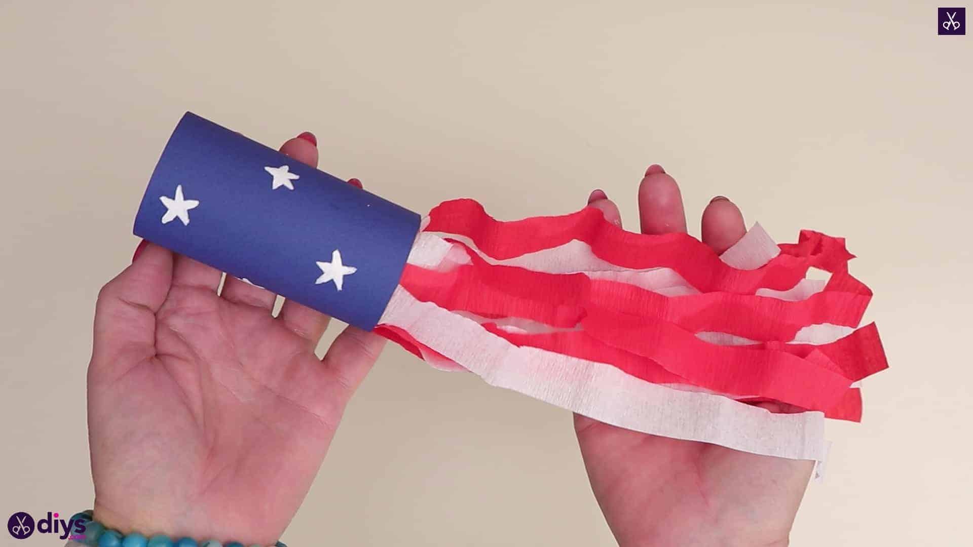 Rouleau de papier toilette souffleur patriotique