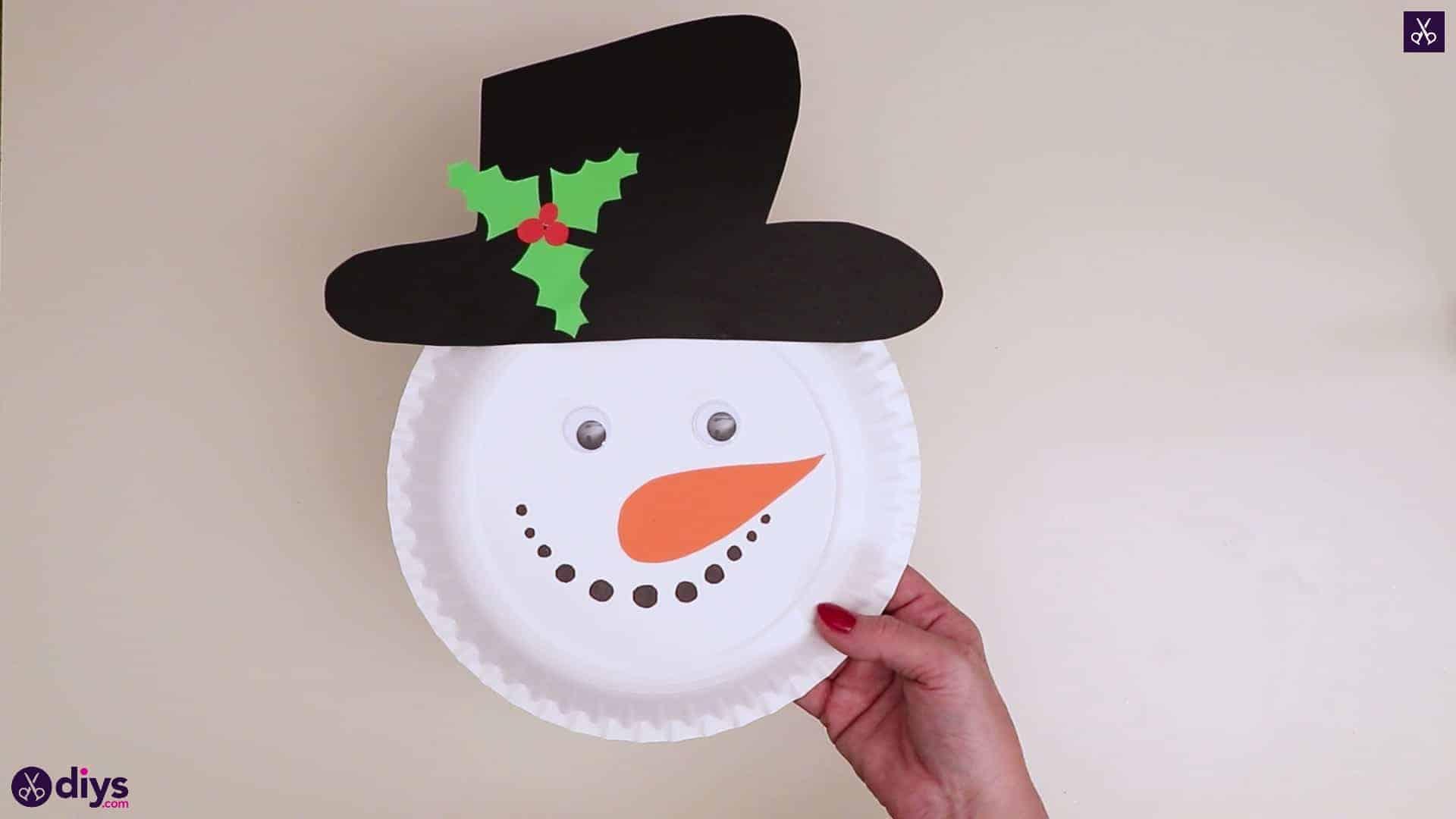 Assiette en papier tête de bonhomme de neige