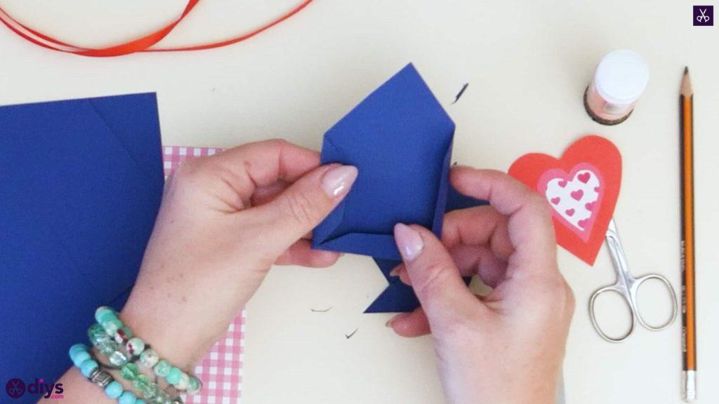 Étiquettes cadeaux empochées bricolage étape 3a