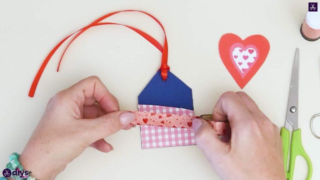 Étiquettes cadeaux empochées bricolage étape 9