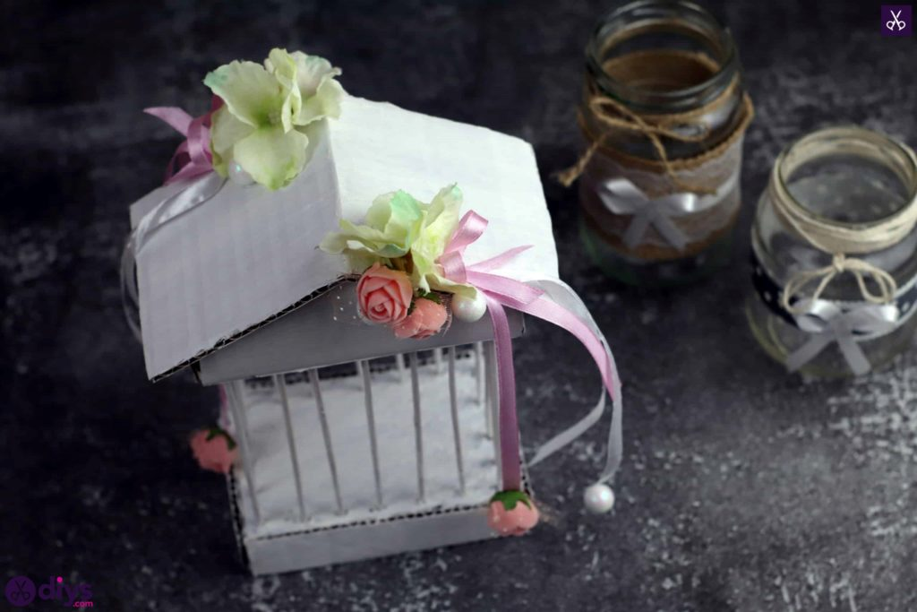 Pièce maîtresse de cage miniature bricolage pour table