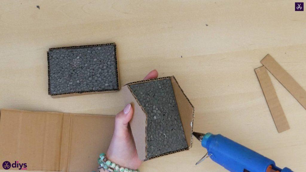 Pièce maîtresse de cage miniature bricolage étape 5s
