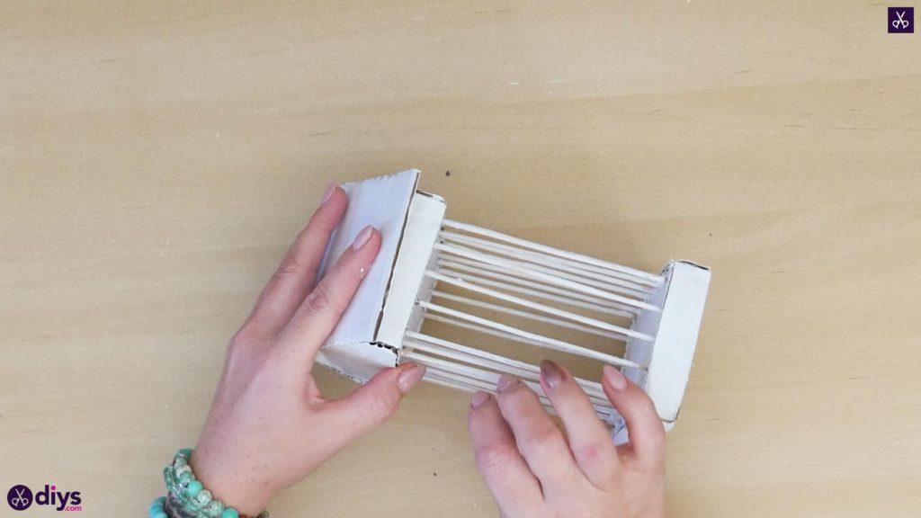 Pièce maîtresse de cage miniature bricolage étape 9a