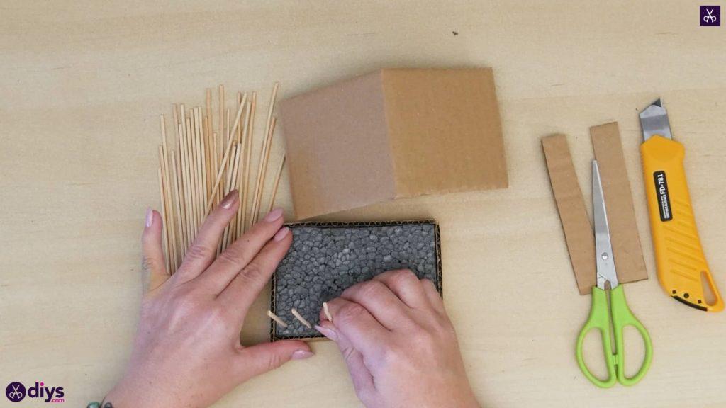 Pièce maîtresse de cage miniature bricolage étape 7