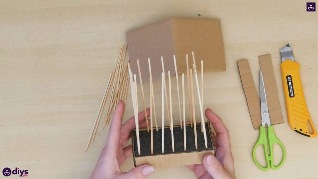 Pièce maîtresse de cage miniature bricolage étape 7b