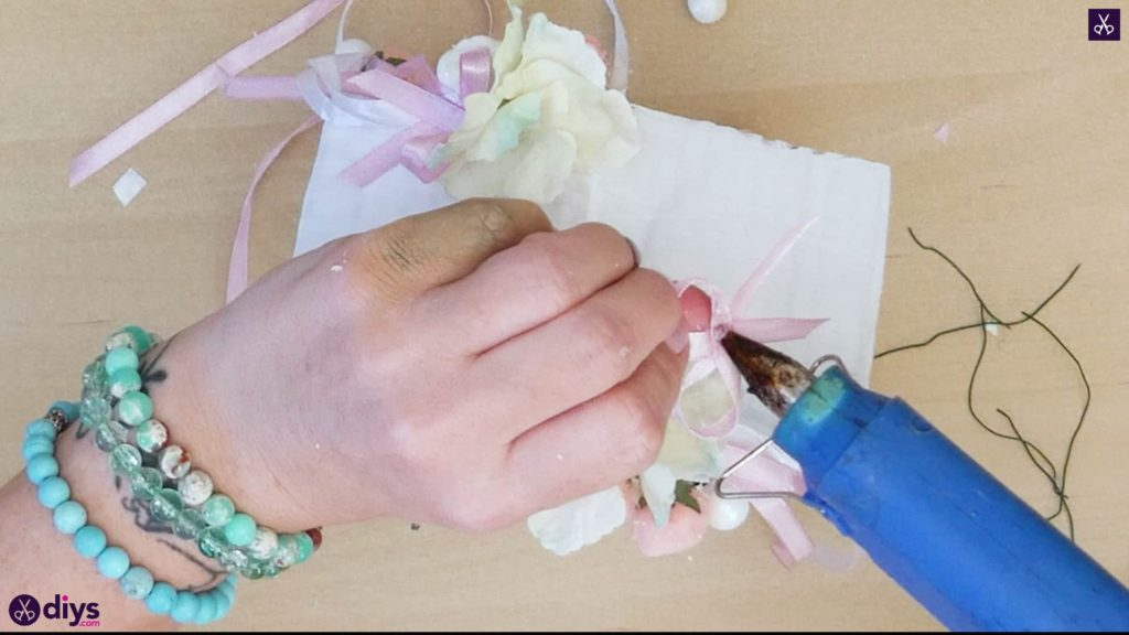 Pièce maîtresse de cage miniature bricolage étape 10k