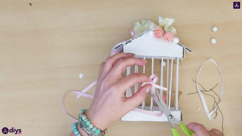 Pièce maîtresse de cage miniature DIY étape 10m