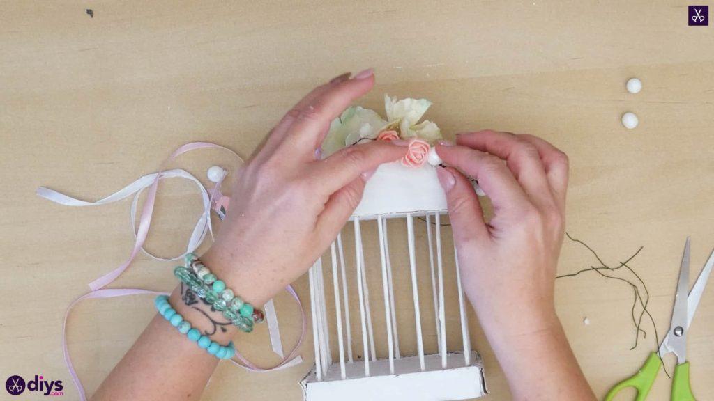 Pièce maîtresse de cage miniature DIY étape 10p