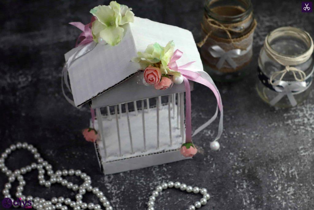 Pièce maîtresse de cage miniature DIY étape 10oo