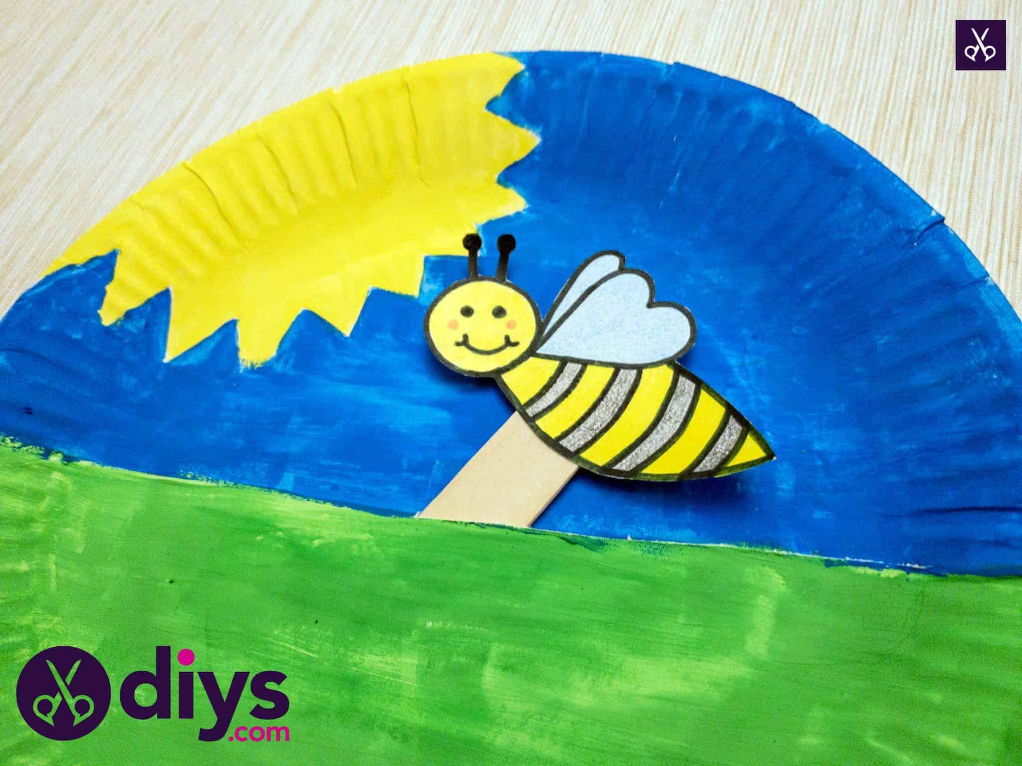 Assiette en papier marionnette abeille
