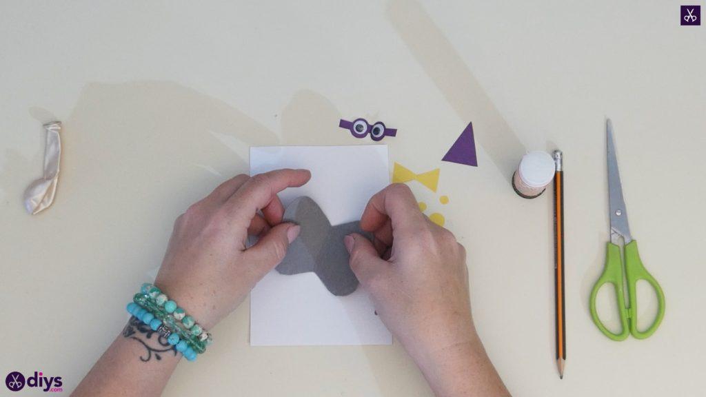 Carte d'éléphant ballon bricolage étape 7