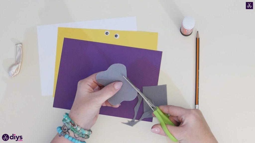 Carte d'éléphant ballon bricolage étape 1