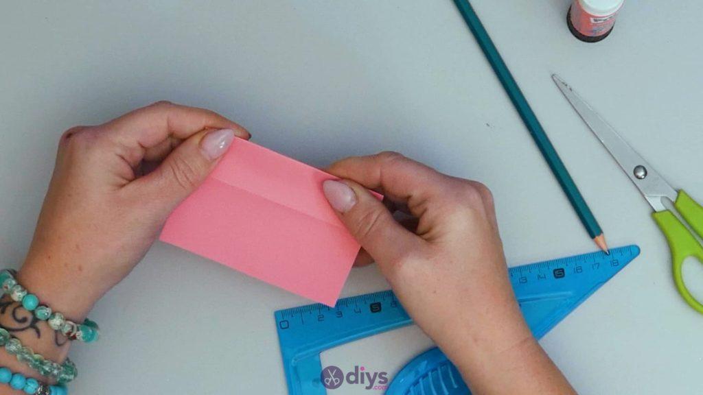 Carte cadeau bricolage rouge à lèvres étape 6
