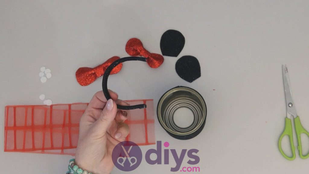Boîte de conserve de Minnie Mouse conteneur étape 9