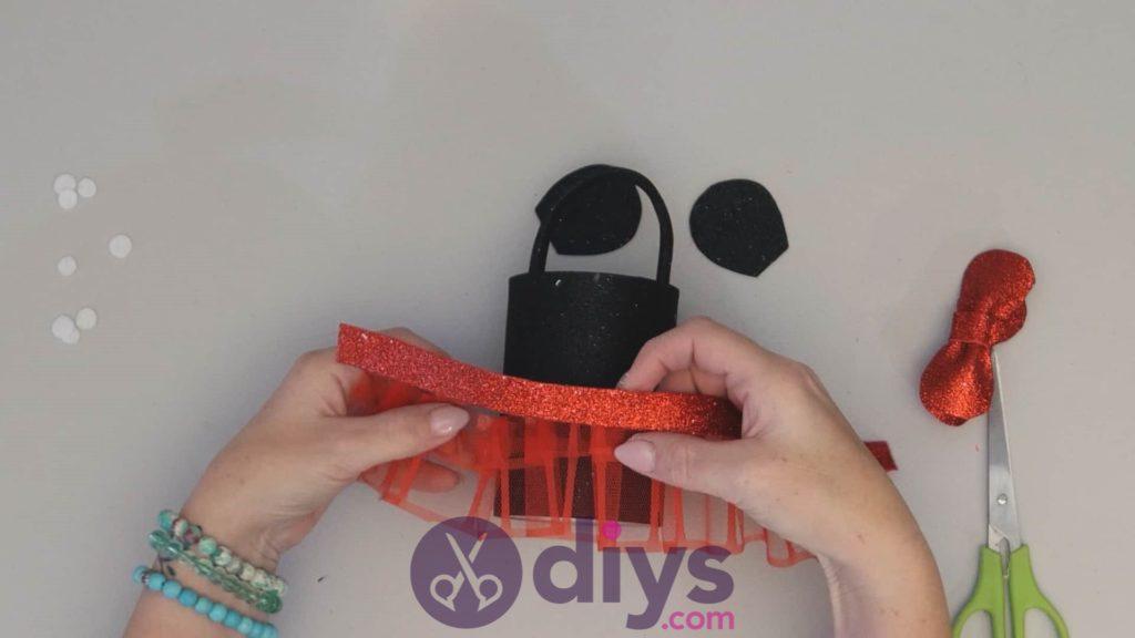 Boîte de conserve Minnie Mouse conteneur étape 11a