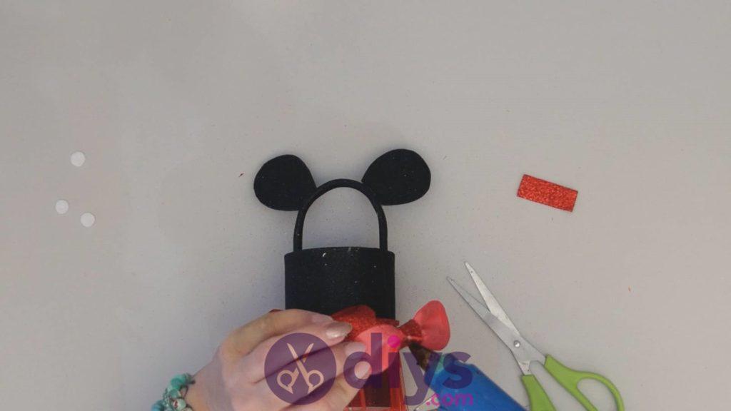 Boîte de conserve Minnie Mouse étape 14ac