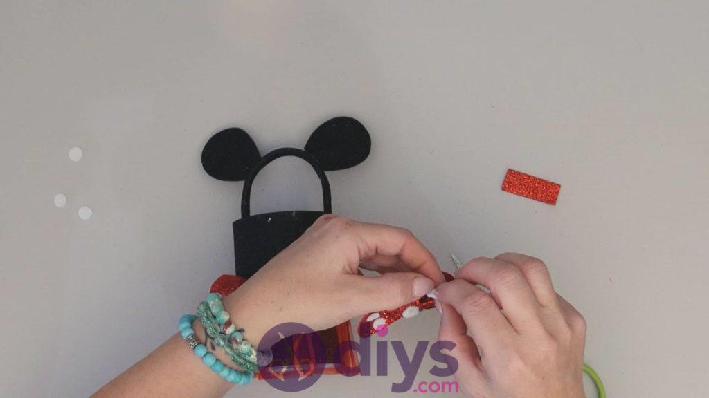 Boîte de conserve Minnie Mouse contenant l'étape 14ab
