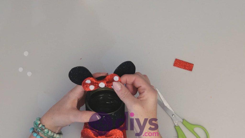 Boîte de conserve Minnie Mouse étape 14ad