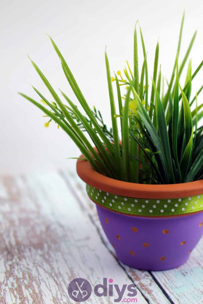 Pot de fleur coloré bricolage design frais