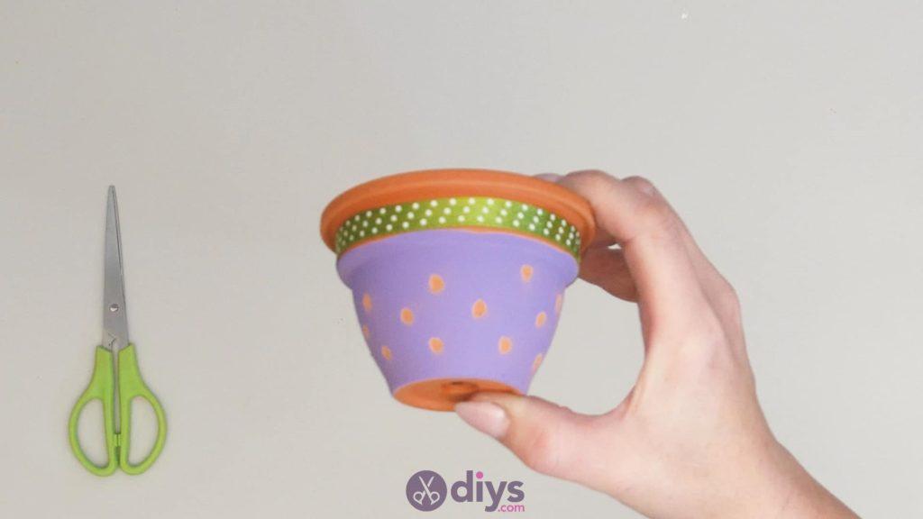 Pot de fleur coloré bricolage étape 3j