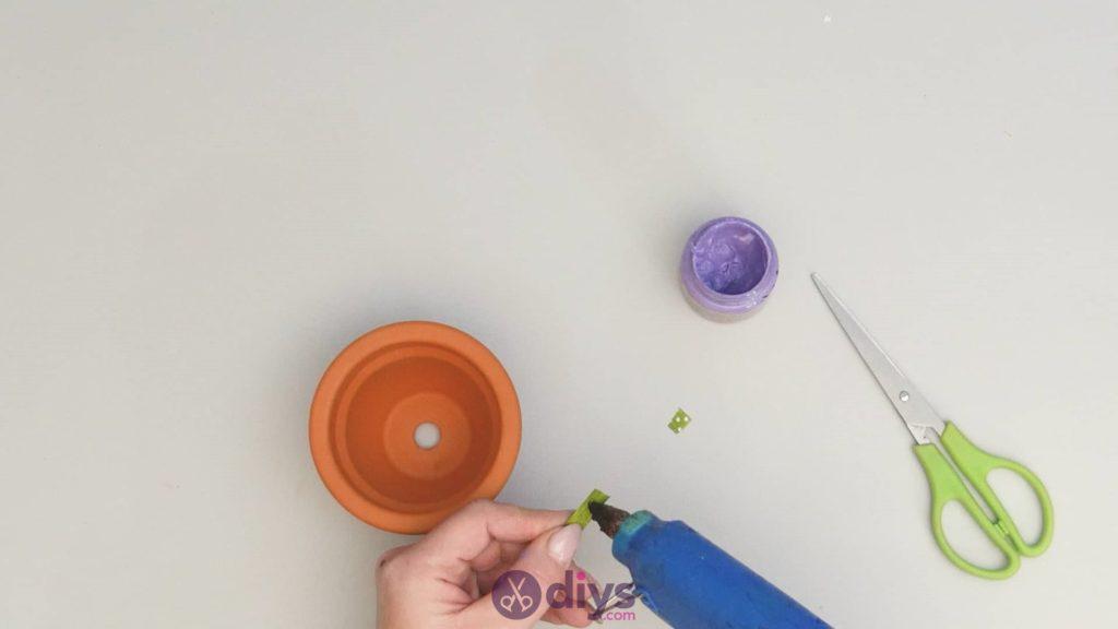 Pot de fleur coloré bricolage étape 3
